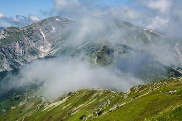 chmury na górami, Tatry, Polska
