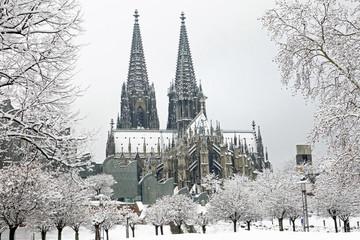 Kölner Dom und Museum Ludwig in Köln am Rhein / Deutschland Fototapete