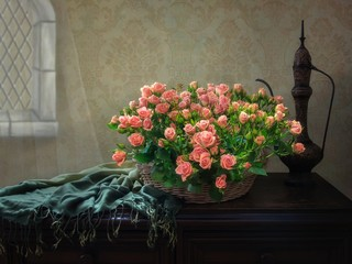 Still life with luxurious bouquet of pinkroses