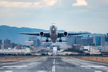 Jet plane taking off scene (ジェット旅客機離陸シーン)