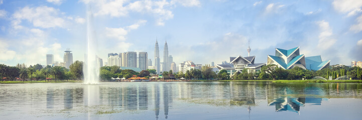 Aluminium Prints Kuala Lumpur Kuala Lumpur, Malaysia panorama skyline at Titiwangsa Park