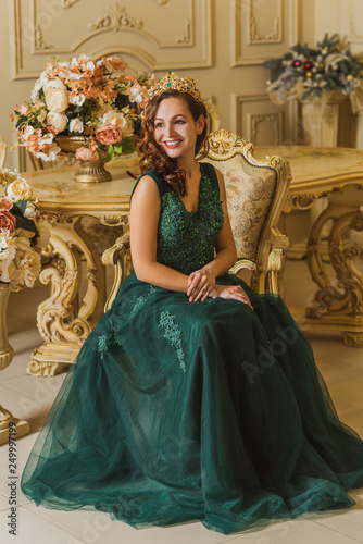 Gorgeous Woman In Green Evening Long Dress Inspiration Fashionable