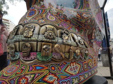 Cráneo Huichol con Dientes Aztecas