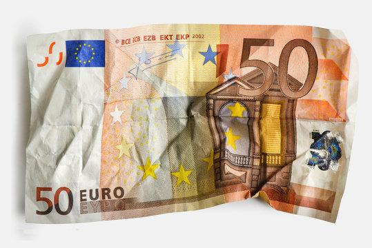 50 cracked Euro