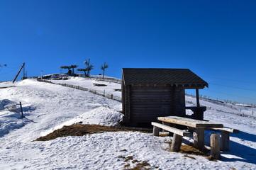Station de ski abandonnée dans les Pyrénées Wall mural