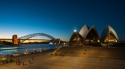 Photo sur Plexiglas Sydney sydney landmark at dusk
