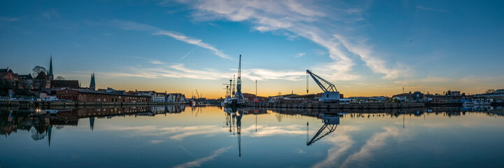 Panorama mit Blick auf die Medaia Docks