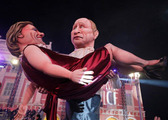 A float with  giant figures of  Russian President Vladimir Putin and French actor Gerard Depardieu is paraded during the 135th Carnival parade in Nice