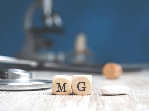 Periodic word magnesium with stethoscope