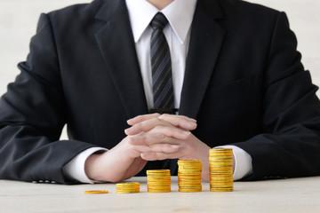 ビジネスマンと資産