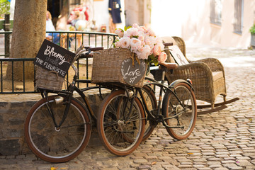 Aluminium Prints Bicycle vintage bicycles on cobblestones