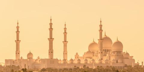 Photo sur Aluminium Abou Dabi Sheikh Zayed Grand Mosque in Abu Dhabi near Dubai, United Arab EMirates