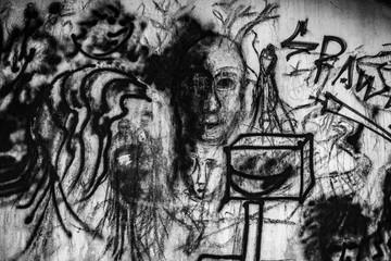 grafito en blanco y negro