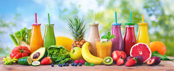 Obraz Colorful freshly squeezed fruits and vegetables smoothies with ingredients for healthy eating - fototapety do salonu