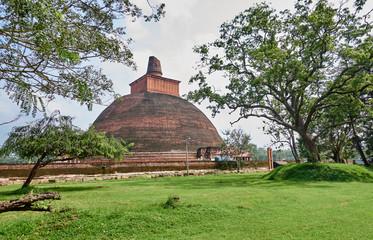Jethawanaramaya Dagoba in Anuradhapura (UNESCO) - Sri Lanka