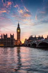 Fototapete - Westminster und der Big Ben an der Themse in London, Großbritannien, bei Sonnenuntergang