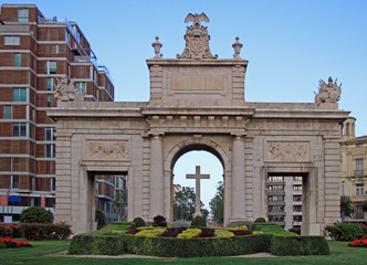 Puerta del Mar is the gate in downtown of Valencia
