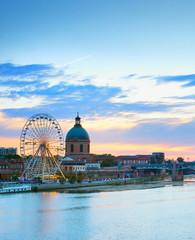 Fototapete - Toulouse landmark river Garone  France