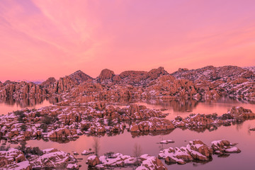 Foto op Canvas Candy roze Sunset at Watson Lake in Winter
