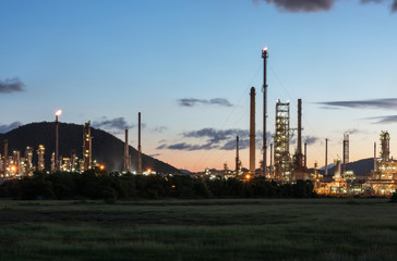 Landscape Oil refinery industry