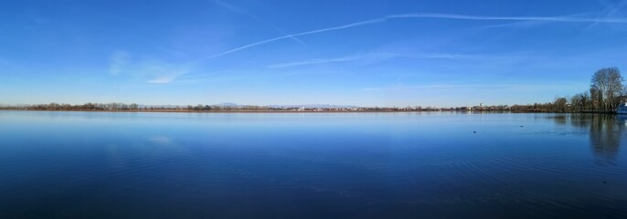 lago superiore di Mantova Italia panorama