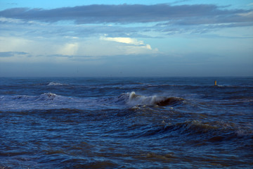 sea and blue sky,horizon,waves,water,seascape,wind,evening,view,nature,panorama