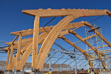 Roof construction of laminated veneer lumber. Building. Glued laminated timber. Building. Construction site HR.