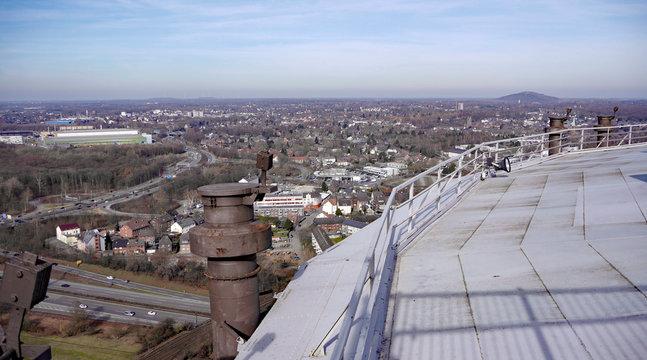 Aussicht auf Oberhausen, Duisburg und Bottrop vom Gasometer Dach