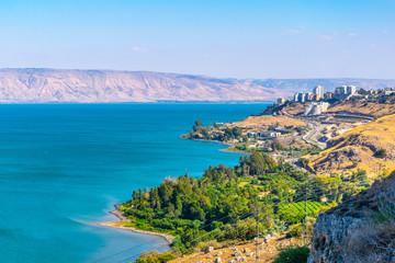 Fototapete - Aerial view of Tiberias from mount Arbel in Israel