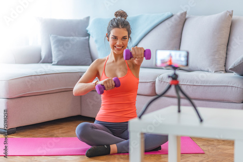 Fitness trainer, internet sporting class, training online video