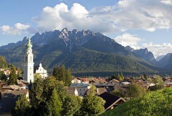 Toblach im Abendlicht, Südtirol, Italien