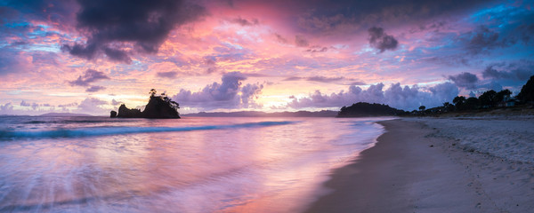 Pungapunga Island at Whangapoua Beach at sunrise, Coromandel Peninsula, North Island, New Zealand, Pacific