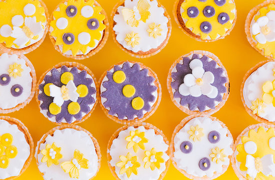 Cakes in the form of flowers. Top view