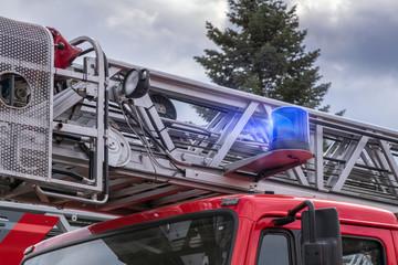 Symbolbild:Feuerwehr Leiterwagen