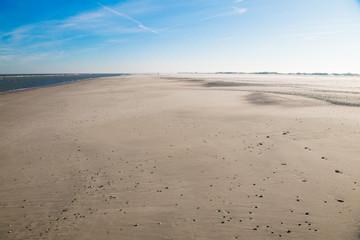 Endlos , breit und einsam - Strand auf der Insel Norderney