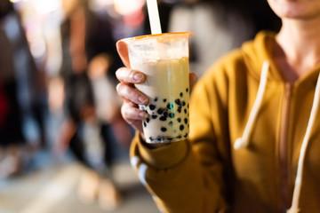 famous taiwanese bubble milk tea