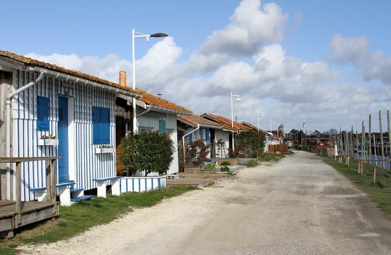 le port d'Audenge sur le bassin d'Arcachon,littoral atlantique