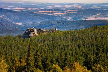 Fototapeta Scenic landscape of rocks and forest in Karkonosze, Poland. obraz