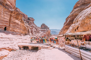 Photo sur Aluminium View of rocks and way to the Monastery in Petra, Jordan. UNESCO World Heritage Sites and one of the world wonders