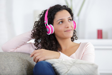 girl listening to music with her smartphone