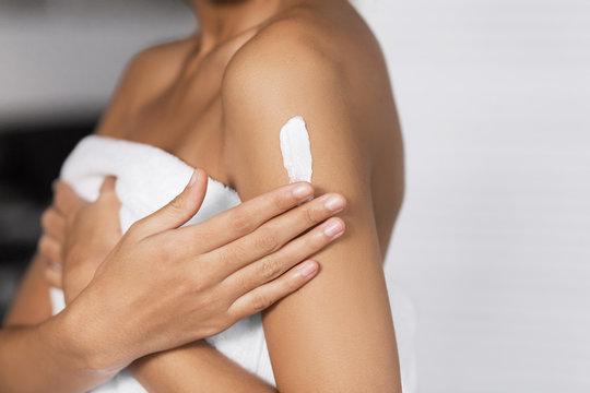 Body nutrition cream concept