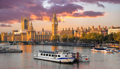 Wall Mural - Big Ben and Houses of Parliament with boat in London, England, UK