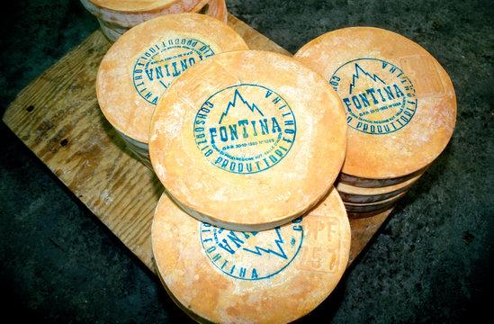 formaggio fontina della Valle d'Aosta