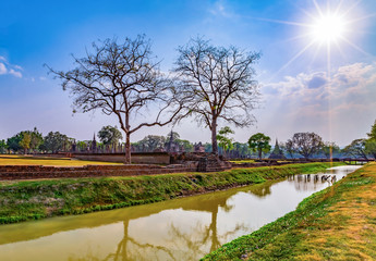 Sukhothai historical park and surrounding area example Wat Si Chum, Wat Traphang-Thong, Sorasak Temple in the midday and twilight