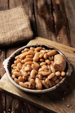 cassoulet de Castelnaudary, a French bean stew