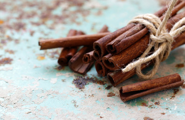 aromatic cinnamon spice for desserts and pastries