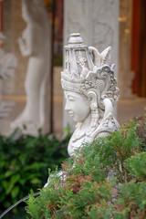 Estátua Indu