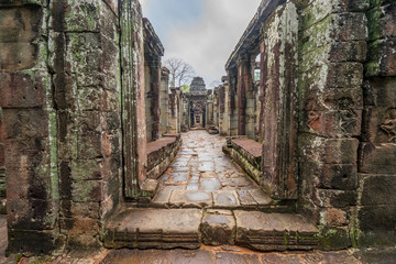 Ruins of Banteay Kdey temple, Cambodia Wall mural