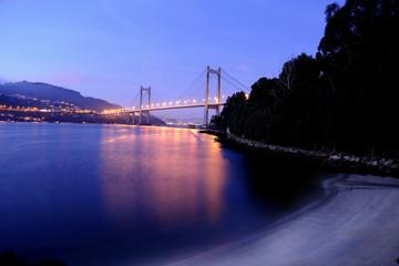 image of the Rande bridge in the Vigo river