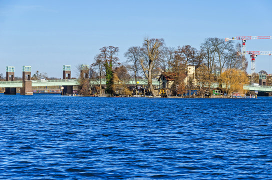 Maselake bay of the River Havel, Spandauer-See bridge and the Island of Love or Kleine Wall in Berlin